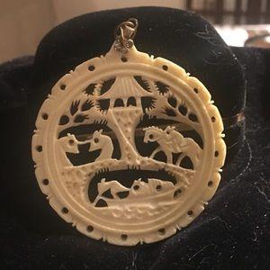 Jewelry - Ivory imitation Asian pendant